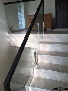 balustrada din sticla si fier