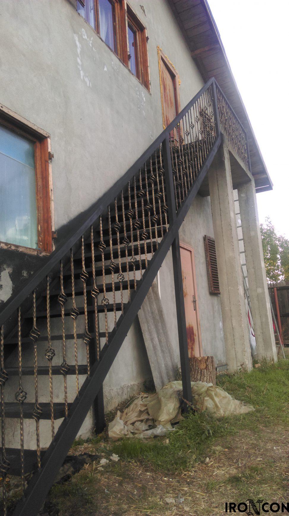 scara exterioara 20005-2