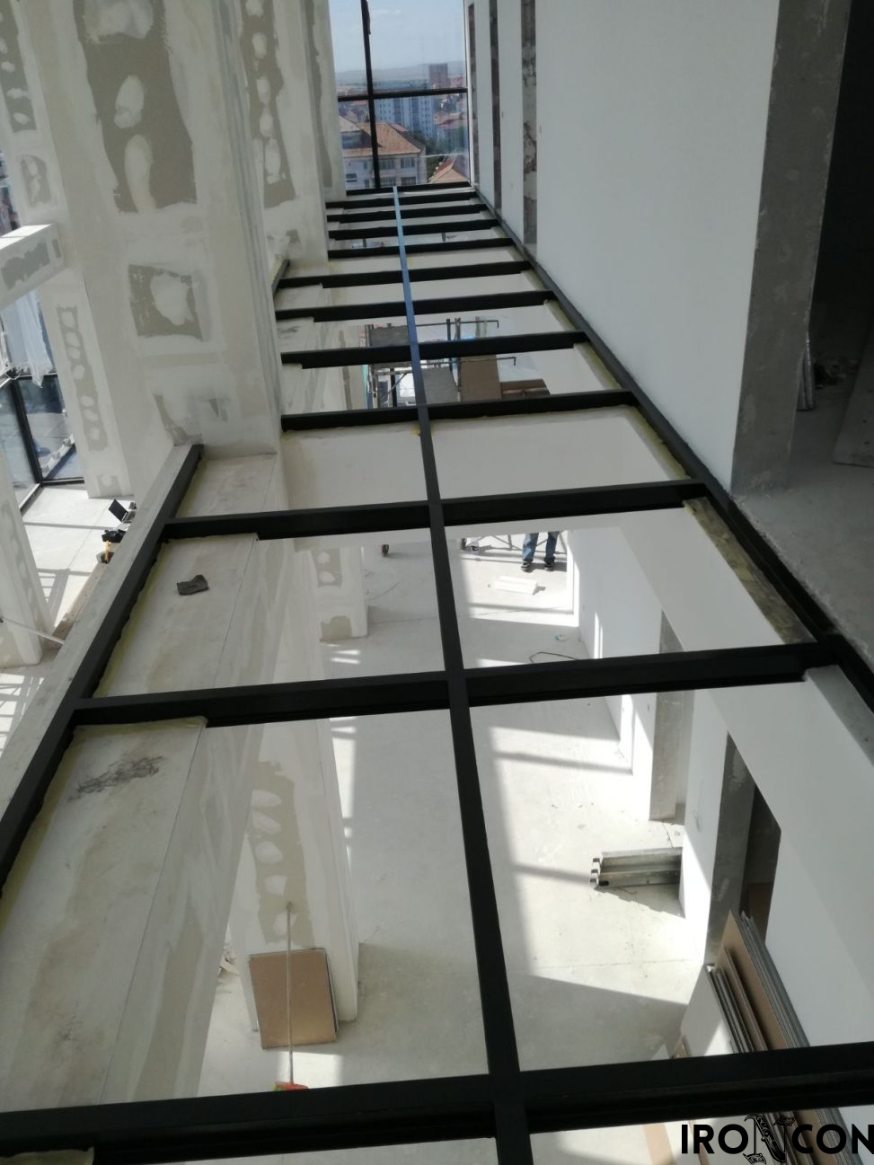 structura metalica balustrada sticla 10048-1