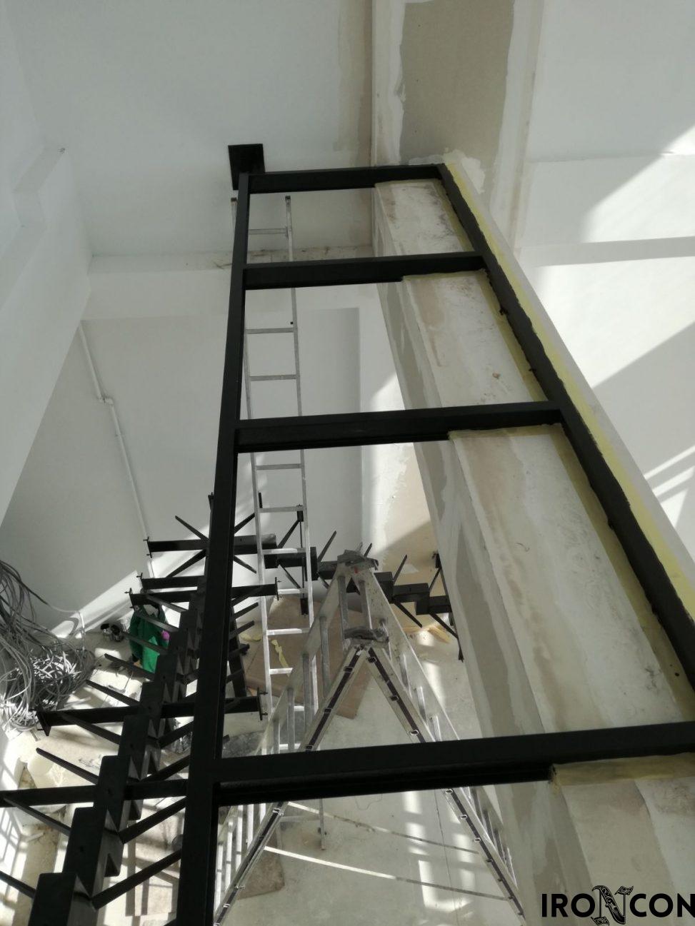 structura metalica balustrada sticla 10048-2